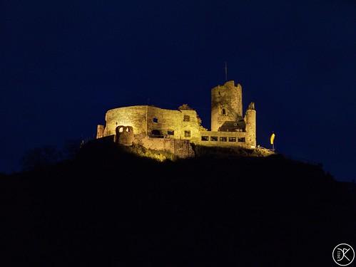Burg Landshut bei Nacht