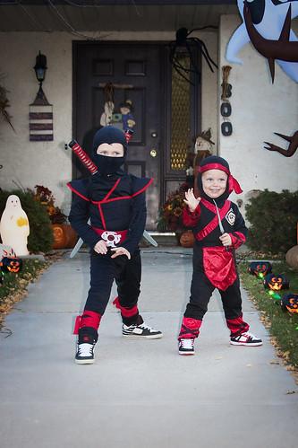 Halloween ninjas 10-31-11