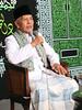 KH. Sya'roni (Elang Prince) Tags: foto prince mosque indah haji gambar masjid alam ummi pemandangan habib elang cerah kaligrafi syech kyai habaib syaikh