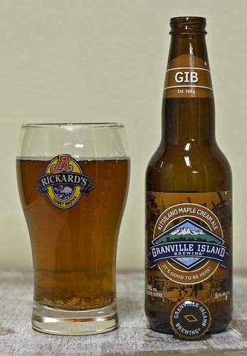 Review: Kitsilano Maple Cream Ale (Granville Island Brewing) by Cody La Bière