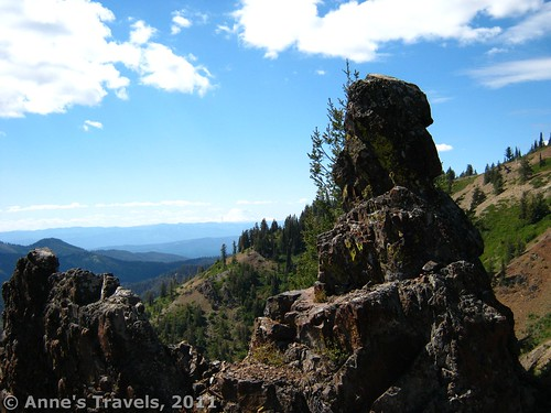 Volcanic rocks on Teanaway Ridge, Okanogan-Wenatchee National Forest, Washington