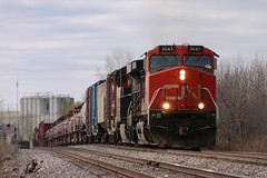 Keep Em' Coming (Wide Cab) Tags: cn train freight canadiannational manifest a447 neenahsub winnebagowi