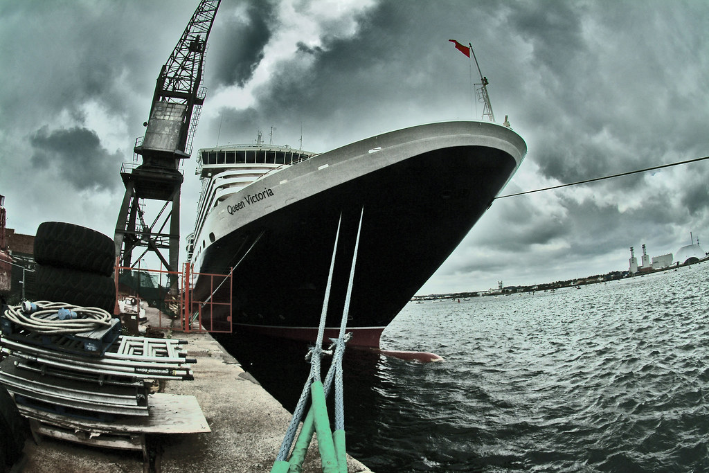 Cunard Queen Victoria at Southampton 8 July 2011