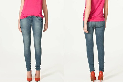 Zara-jeans-pantalon-pespuntes-azules