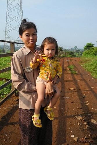 Locals in O Som village