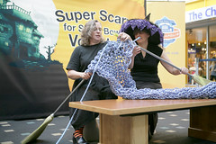 Super Scarves Volunteers Knit GIANT Scarf (The Children's Museum of Indianapolis) Tags: halloween museum scarf october knitting indianapolis knit indiana witches superbowl thechildrensmuseumofindianapolis creativeknitting knittingideas superbowlxlvi superbowlindianapolis superscarves