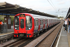 S Stock at West Ham (bowroaduk) Tags: tube londonunderground londontransport