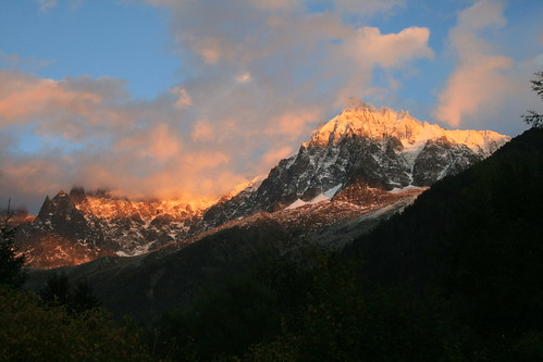 aguille du midi sunset