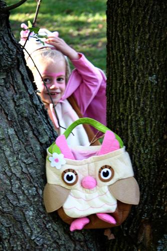 Aut-pinking-thru-tree