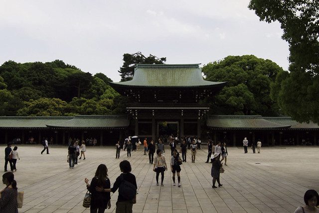 110514_160449_東京_明治神宮