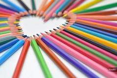 I Love Colors (YannGar Photo) Tags: color rose pencils jaune rouge 50mm nikon heart bokeh violet coeur vert bleu crayons nikkor couleur flou d5000 mygearandme yanngar