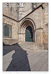 Guimaraes - Nossa Senhora da Oliveira Church - Gothic Portal / Guimares - Igreja de Nossa Senhora da Oliveira - Prtico Gtico (Jose Elias / Stock