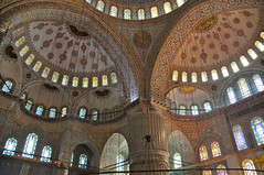 DETALLE INTERIOR DE LA MEZQUITA AZUL O MEZQUITA DEL SULTÁNAHMET (marthinotf) Tags: nikon mezquita estambul turquía cúpulas olétusfotos mezquitadelsultánahmet lagranmezquitadeestambul detalleinteriordelamezquitaazul