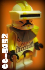 Bly (Storm Brick) Tags: 2 white 3 trooper black yellow star 1 gun lego cc fabric wars clone ep commander kama holster bli bly 5052 pauldron waistcape cc5052