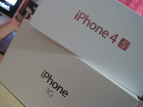 Boxes: iPhone 3G and 4S