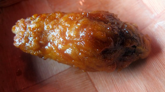 korean fried chicken wing at cafe soho