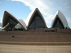 Opera House (simo2582) Tags: lighting new bridge sea panorama house history water skyline wales architecture port bay harbor opera mare gulf view state pacific harbour oz cove south under sydney australian illumination first australia down quay jorn architect porto nsw luci aussie syd circular golfo oceania utzon baia jrn