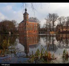 reflection (holland fotograaf [on/off]) Tags: winter holland castle castles netherlands breda reflexions brabant lowsun kasteel canon1022mm mastbos bouvigne abigfave canon40d great123 hollandfotograaf paintersjob doubleniceshot dblringexcellence