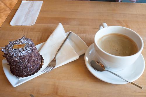 Merveilleux & Coffee @ Manuel Latruwe