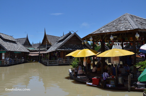pattaya floating Market (13)