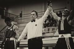 Esultanza (Paolo Saponaro) Tags: italy ruta nikon paolo via boxer boxing nikkor puglia biancoenero boxe brindisi casale d90 palazzetto nazionali boxeur assoluti campionati rodio saponaro paolosaponaro