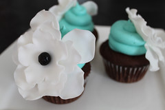 Fantasy Flower in Fondant (Cupcake Luv) Tags: flowers cupcakes ottawa fondant weddingcupcakes fondantflowers fantasyflower fondantdecoration