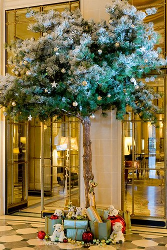 Le Meurice Paris at Christmas