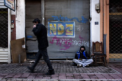 ... (Vasilis Mantas) Tags: street boy art canon photography graffiti ninja homeless beggar greece thessaloniki hiphop rap winte 500d 2011 kalamaria   pragmata  vmantasphotography  12os pithikos yphrxan