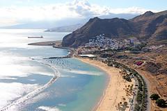 Las Teresitas, Tenerife (Globetreka) Tags: spain europe beaches tenerife travelphotography lasteresitas finegold europeantravel canaryisles thisiseurope wetraveltheworld europeinpictures flickrtravelaward
