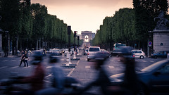 Champs-lyses // Paris (davidpc_) Tags: paris france champs arc triomphe avenue francia lyses 2011