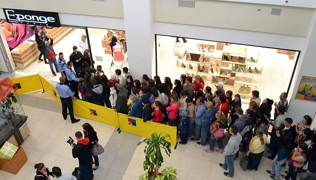Cele 500 de vouchere oferite gratuit de Galleria au atras peste 1000 de vizitatori în numai 3 ore