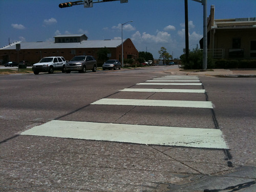 Bell Ave gets crosswalk