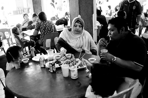 Family enjoying dinner at Tanjong Pagar KTM Railway Station