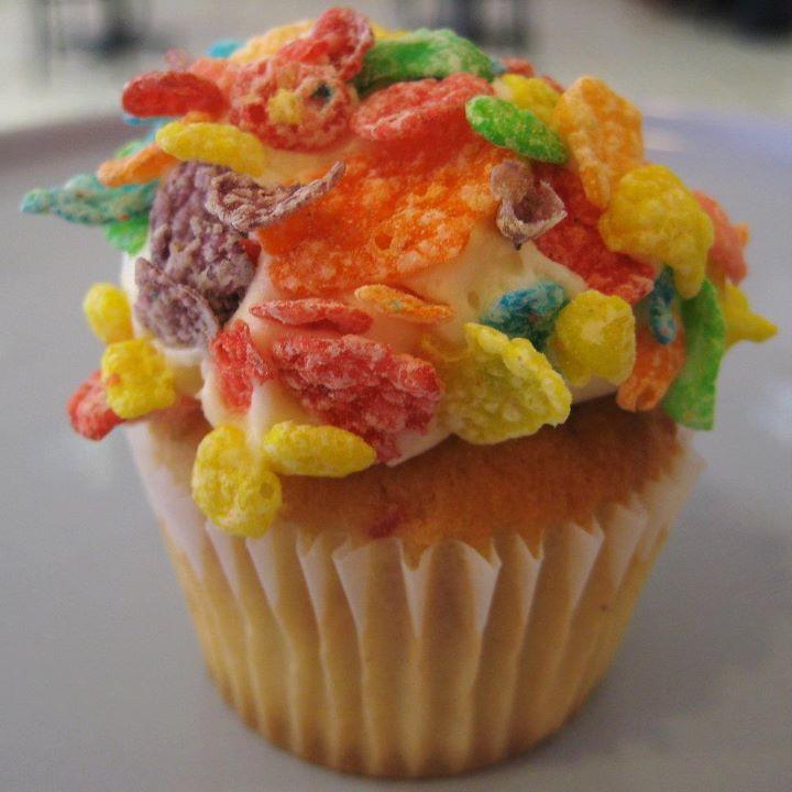 Cupcake Fruity Pebbles