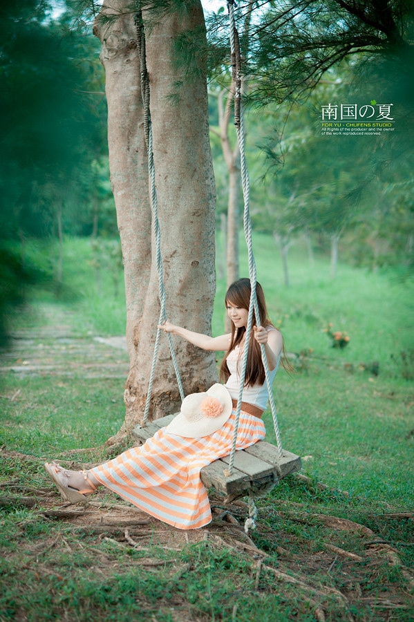 http://farm7.static.flickr.com/6036/6234619489_9d255a0bea_b.jpg