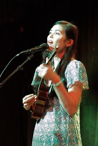Priscilla Ahn ukulele