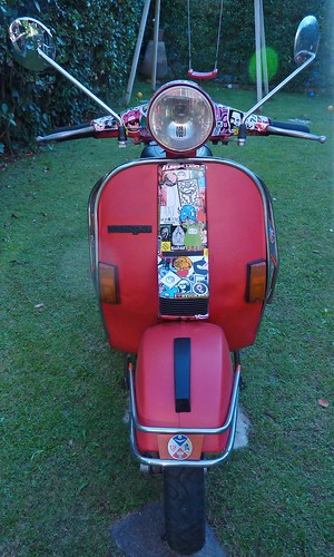 stick my vespa 2.0 (wip day 1) by OMINO71