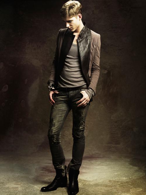 Jesper Larsson0153_GalaabenD SS12 Lookbook(Fashion Press)