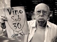 Viejo hasta para la Selección del vino