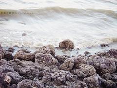 ~ (DLo3t 2boha) Tags: شاطئ بحر صخور ازرق كانون ابيض امواج دلوعةابوها