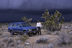 Storm Approaching from across the Mojave Desert (Runemaker) Tags: blue storm truck desert jimmy vehicles mojave suv gmc mohave