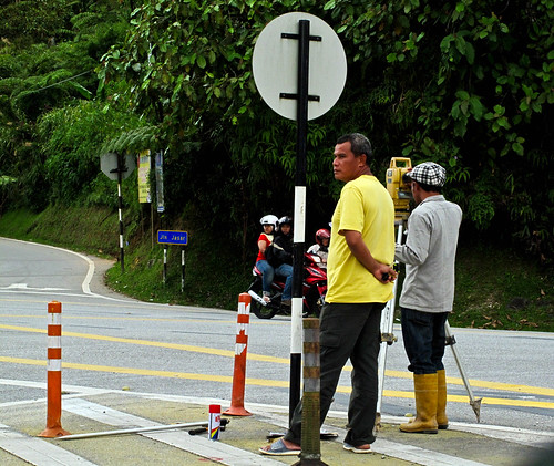 IMG_2588 Men-at- work,Tanah Rata , Cameron Highlands