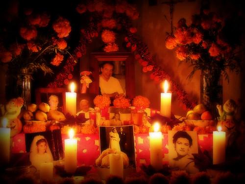 Altar de muertos. by Roy Aguilar Cornejo