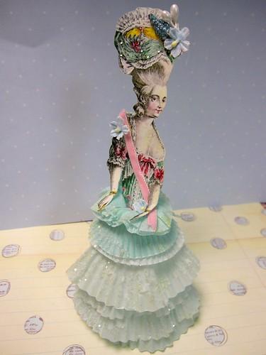 Cupcake Liner Dolls! 3