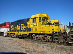 atsf 1374 (Fan-T) Tags: santa blue ohio cab fe deadline bnsf cleburne emd atsf gp30 1374 gp7 ltex lordstown