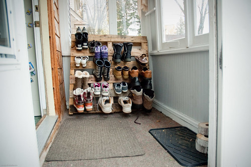 {how to} make a shoe pallet