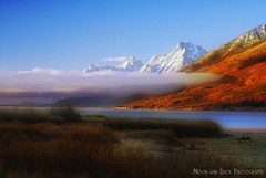 A Slice of Fog ... (Aspenbreeze) Tags: mist fog dawn am earlymorning autumncolors grandtetonnationalpark earlylight topshots worldwidelandscapes bestcapturesaoi aspenbreeze theoriginalgoldseal artistoftheyearlevel2 moonandbackphotography masterclasselite tpslandscape topphotoshots