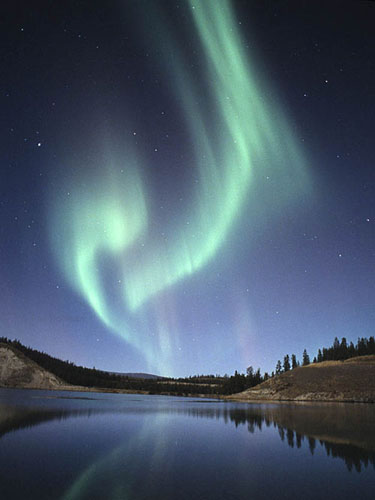 Aurora_Lake_by_Phil_Hoffman.jpg