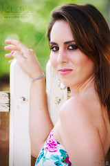 Aline Faria (Rodnei Reis Fotografia Sacramento/MG/BR) Tags: woman girl fashion ensaio book model mulher moda modelo garota darktable bokehstandard