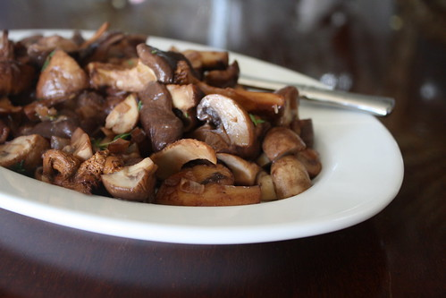 red wine glazed mushrooms